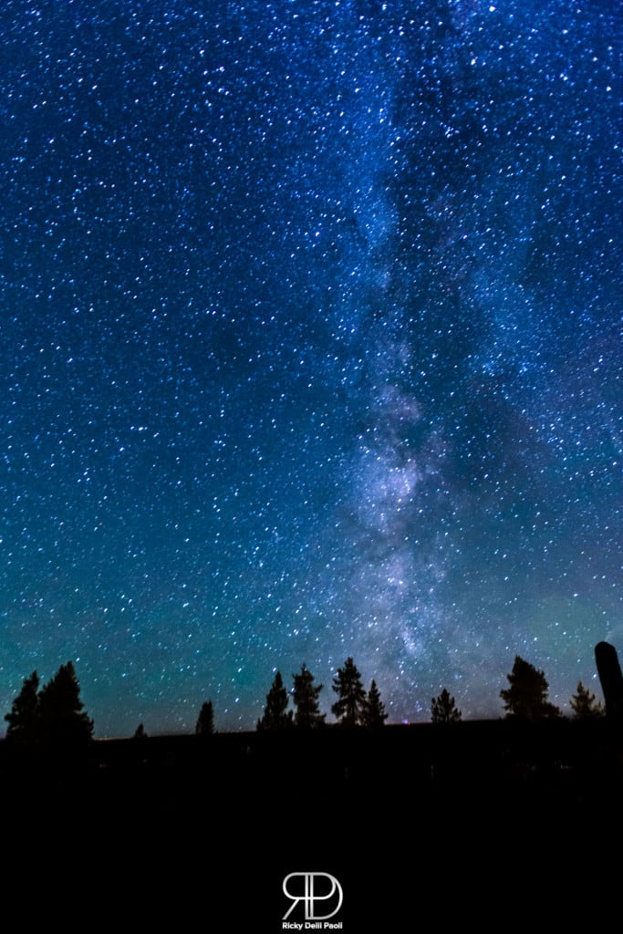 Spectacular View of the Milky Way at Old Faithfull Inn (Yellowst